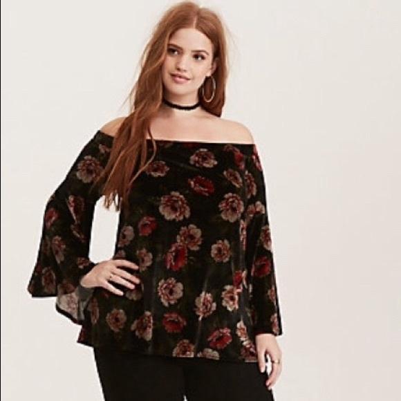 ea33558ba0f1df Torrid Floral velvet off shoulder bell sleeve top